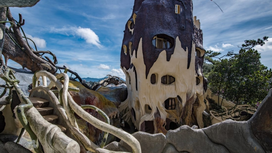 The story behind Vietnam's ''Crazy House''
